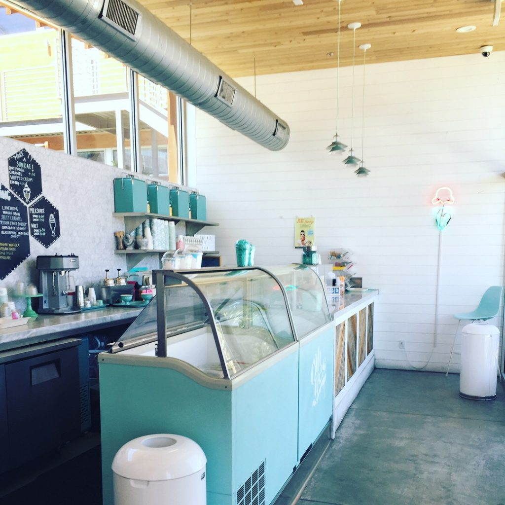 Ice Cream & Shope - Palm Springs