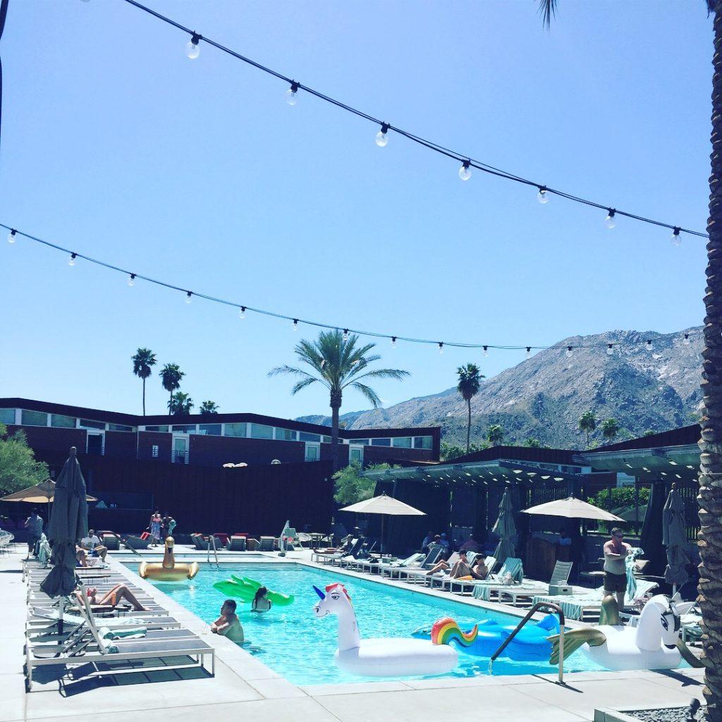 Arrive hotel - Palm Springs